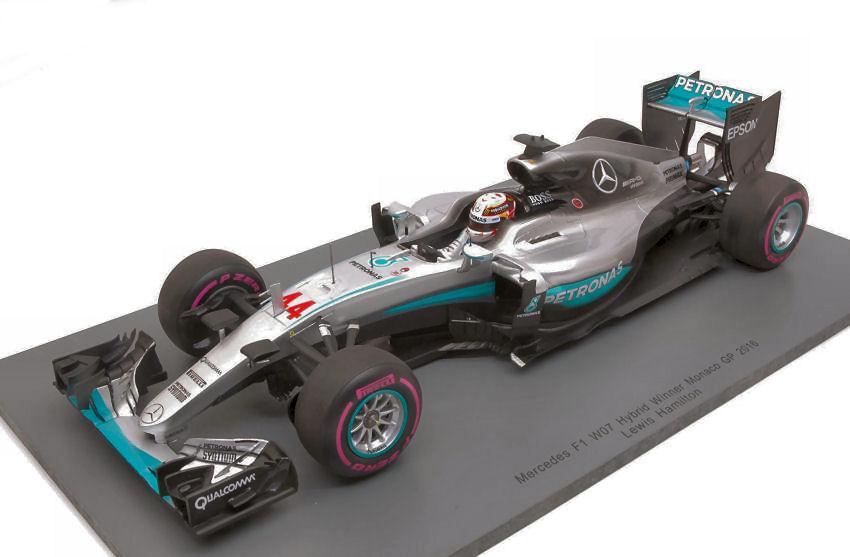 Mercedes w07 hybrid l.hamilton 2016 n44 1:43 formula 1 scala burago